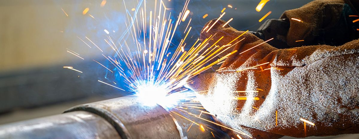 arc welding on pipe
