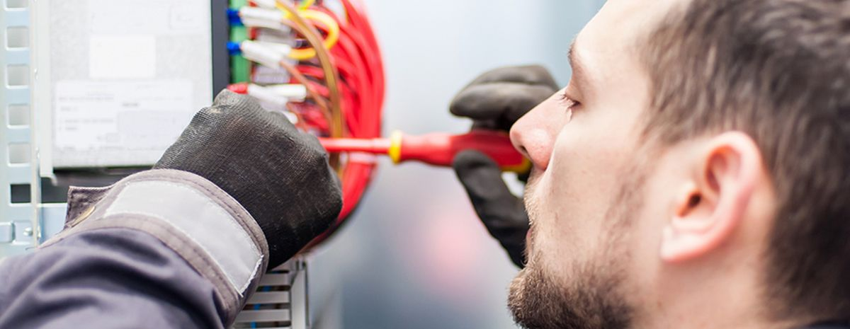 electrical engineer skilled trade