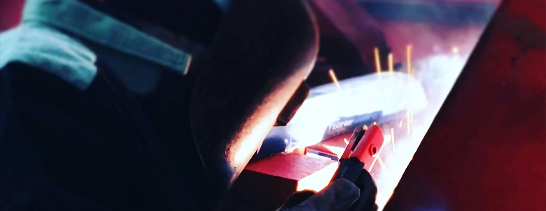 industrial welder using SMAW