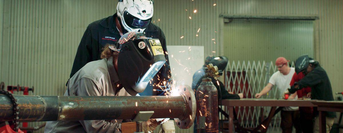 welder learning pipefitting