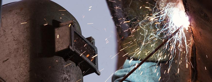 welder working in texas