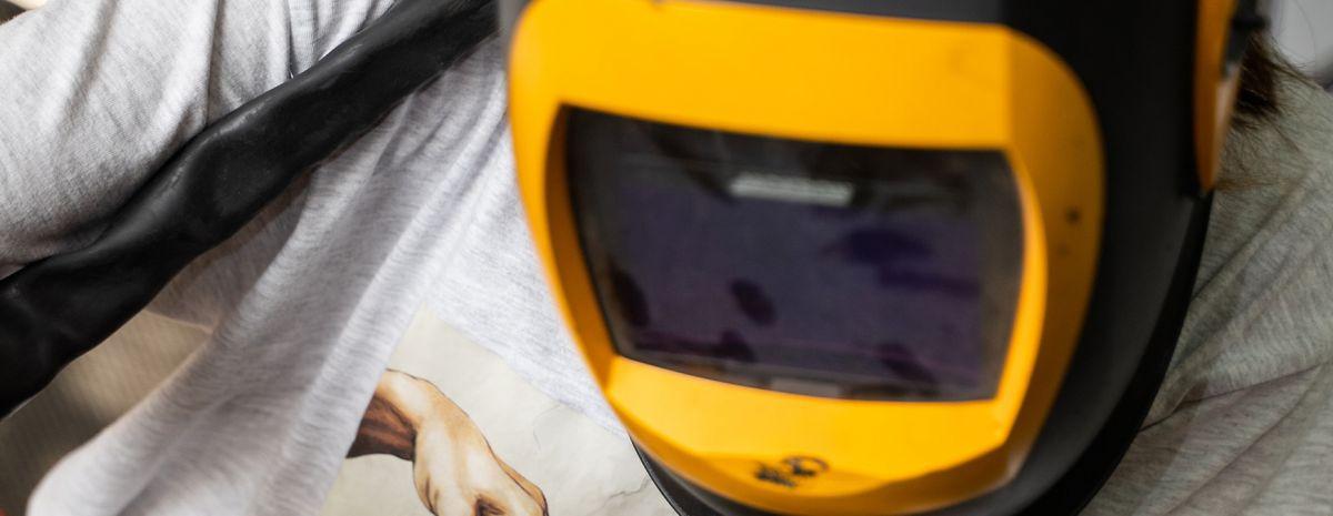 welding helmet with welding shade